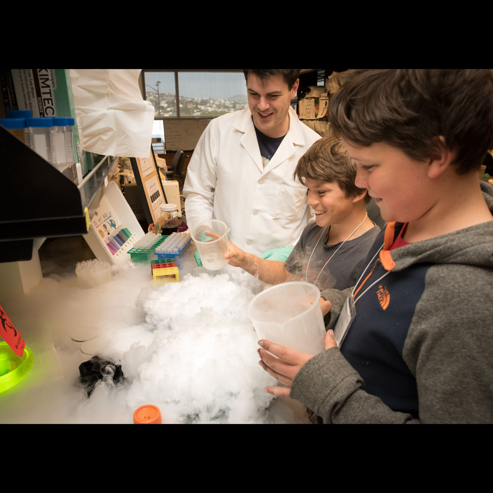 Jon showing how quickly dry ice can sublimate at Gladstone's Take Your Kids to Work Day 2015!