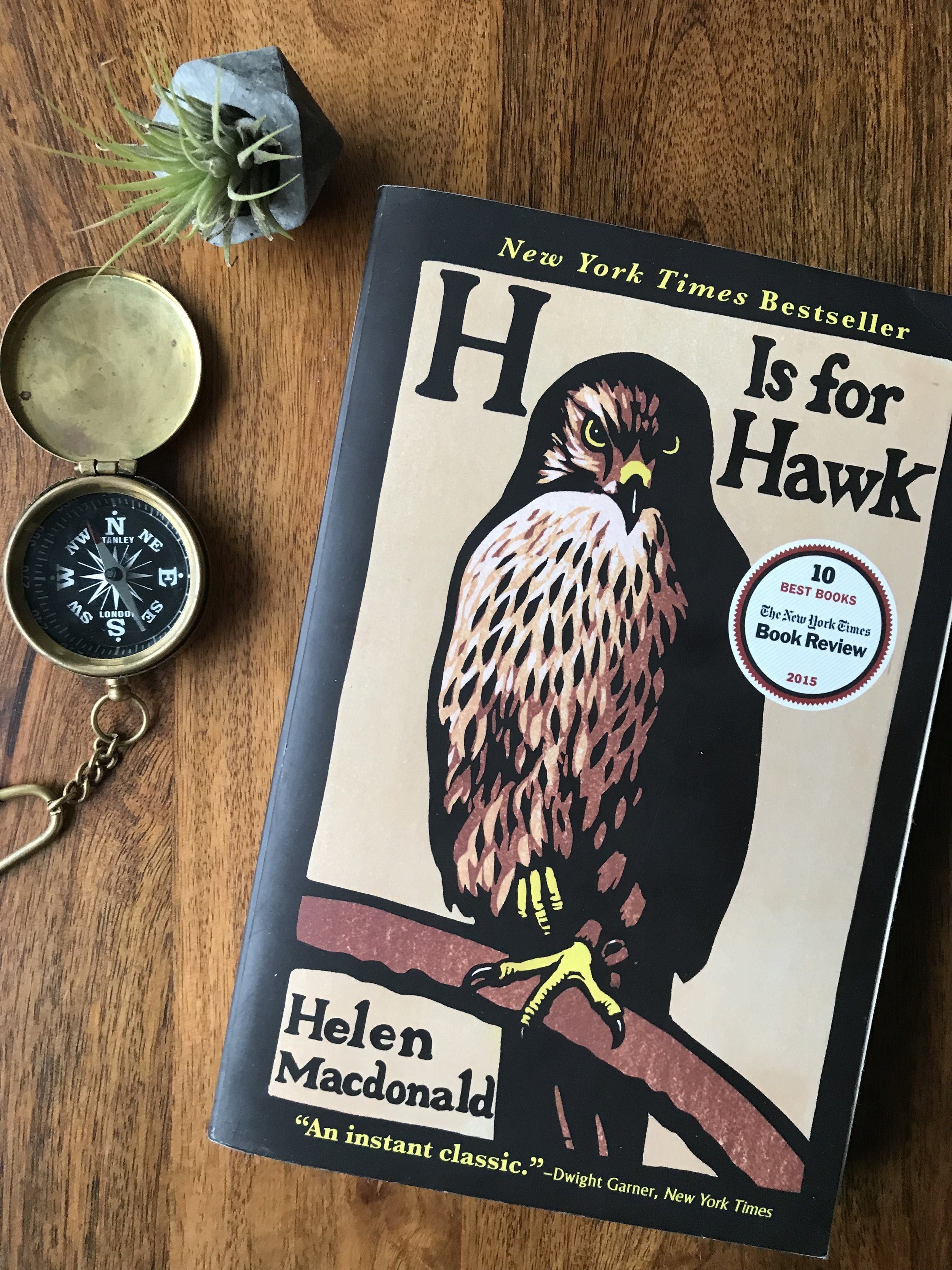H is for Hawk - a Nature-Loving Mama's Reading List // the Dear Summit Blog