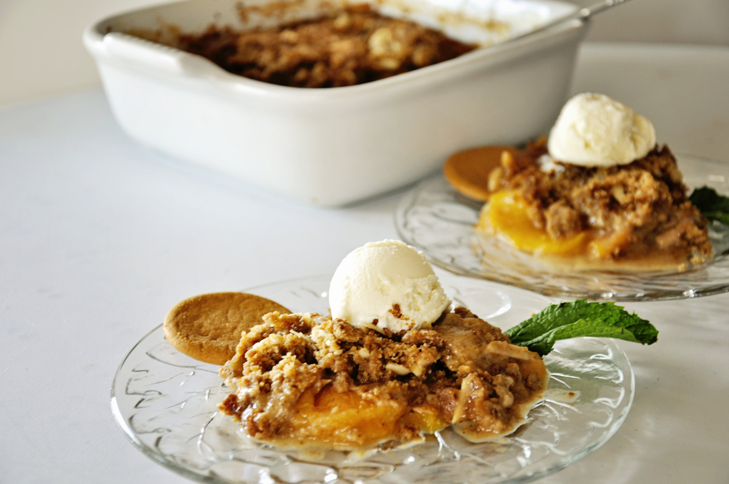 Peach Amaretto Crisp