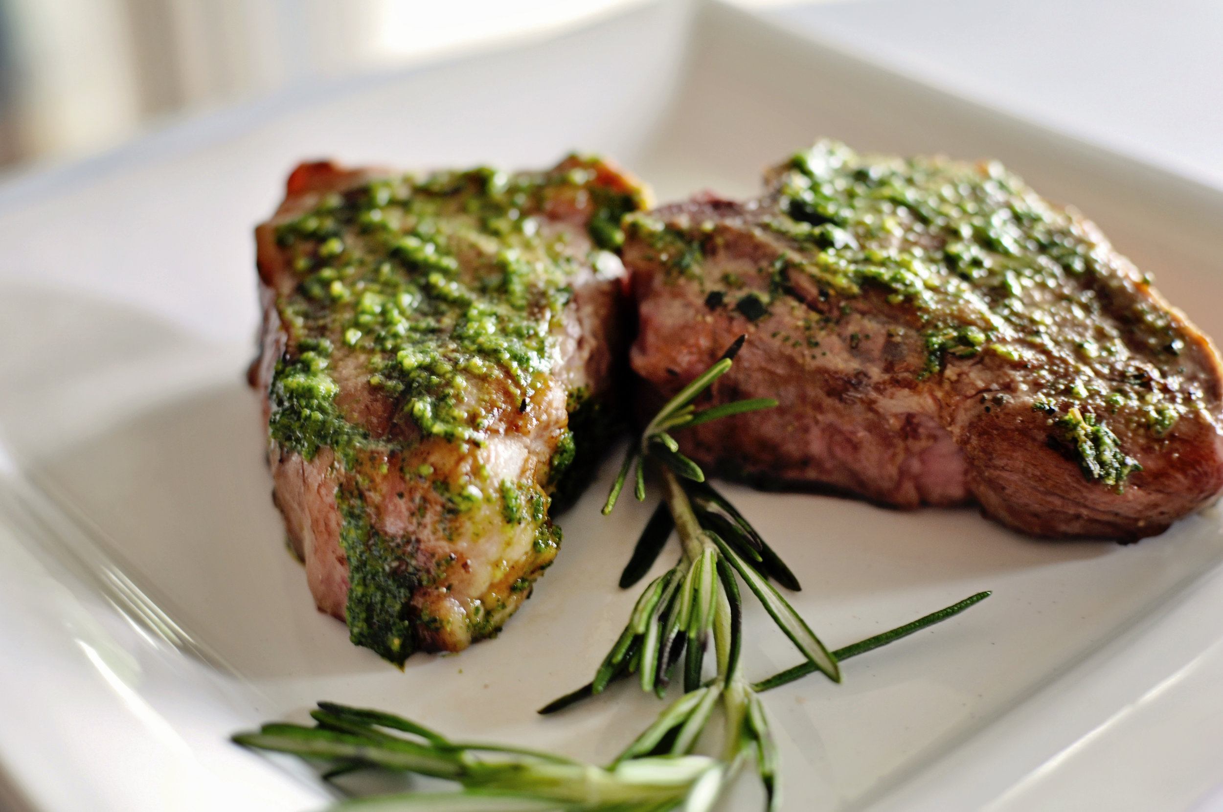 Lamb Chops with Mint Basil Pesto with Red Wine Reduction