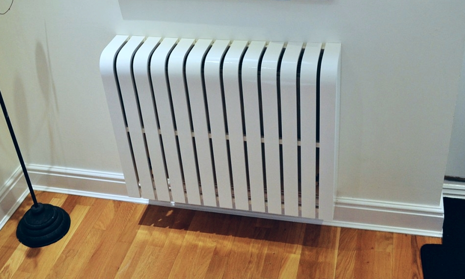 Gloss white radiator cover