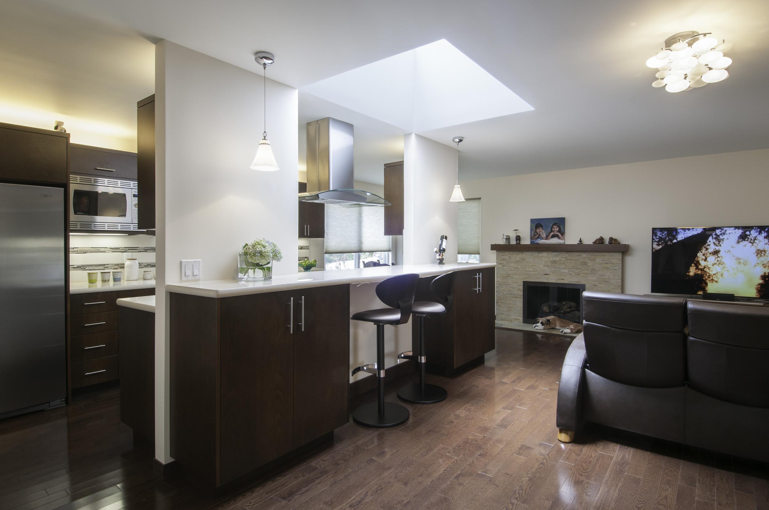 magal kitchen.jpg