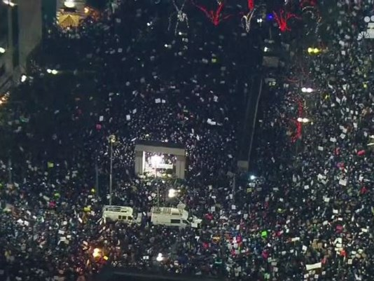 Westlake Plaza the night after the #MuslimBan