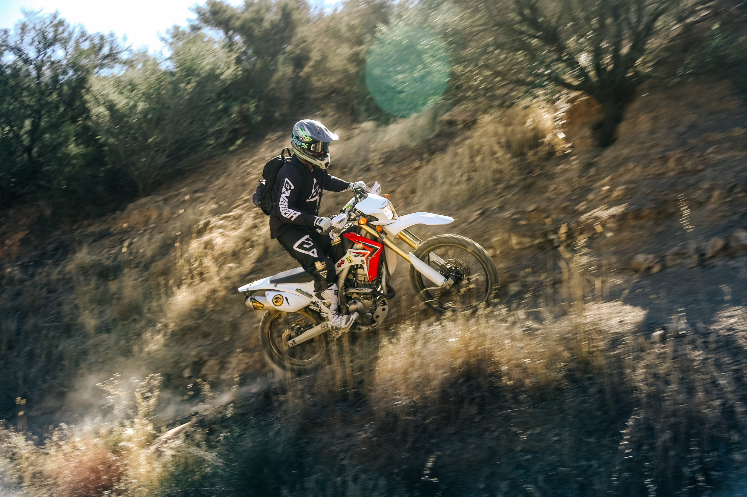 Letting loose in the los Padres national Forest.📷: @daviddobsonphoto