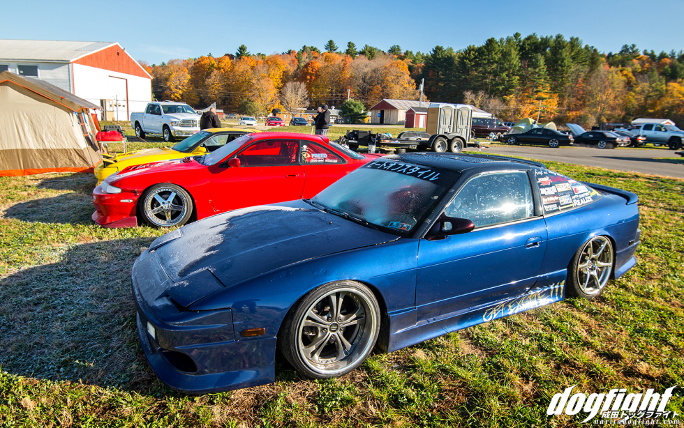 If ever you needed proof of the Autumn cold, you'd only have to look at the frost that accumulated on the cars overnight. By mid-day the sun had worn off the cold and we were rewarded by a nice, cool cloudy Autumn day.  Get Excite!!! had some really cool cars as well. All the cars gave off a very grassroots Japan feel to me.