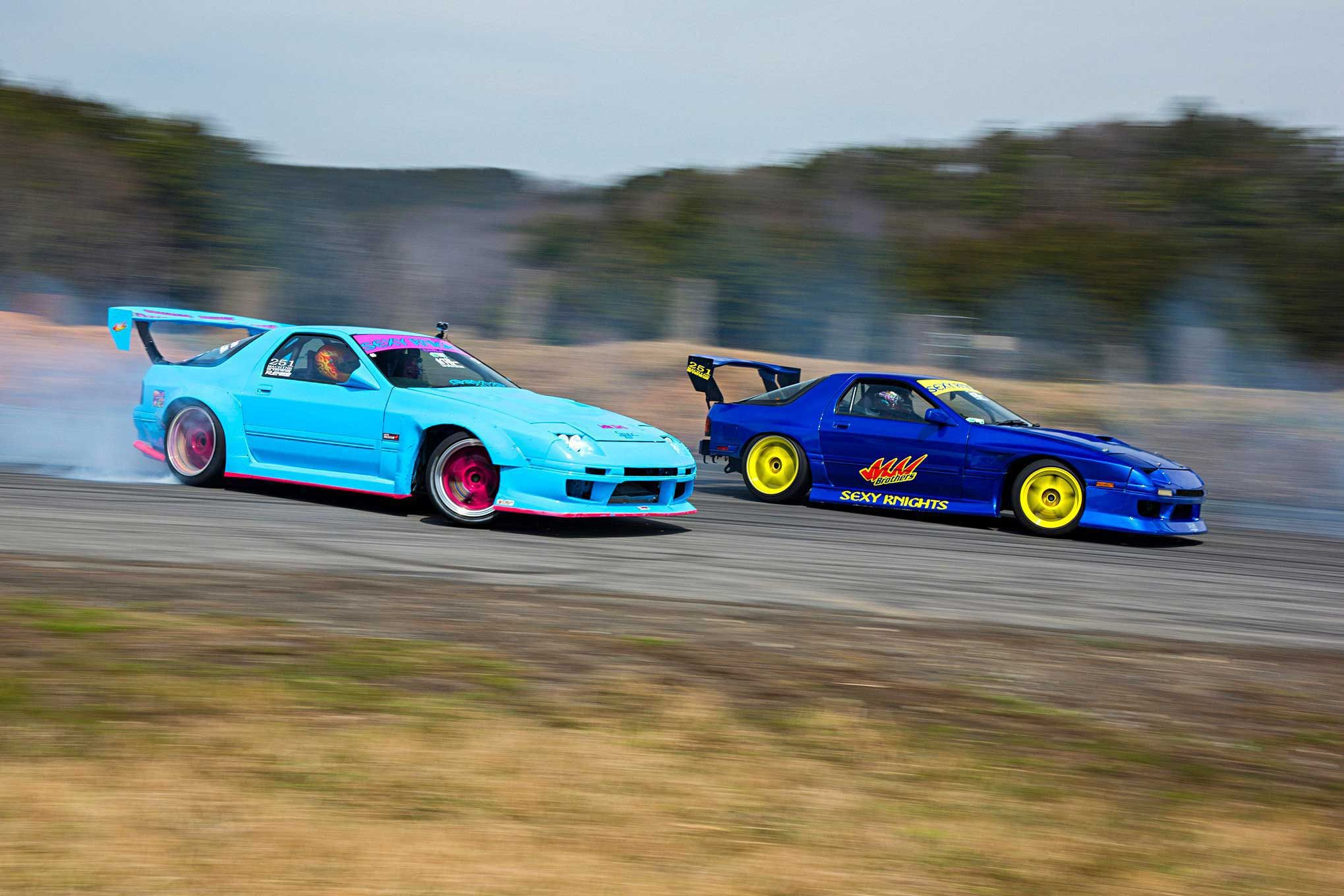 final-bout-japan-sexy-knights-fc3s-rx7s.jpg