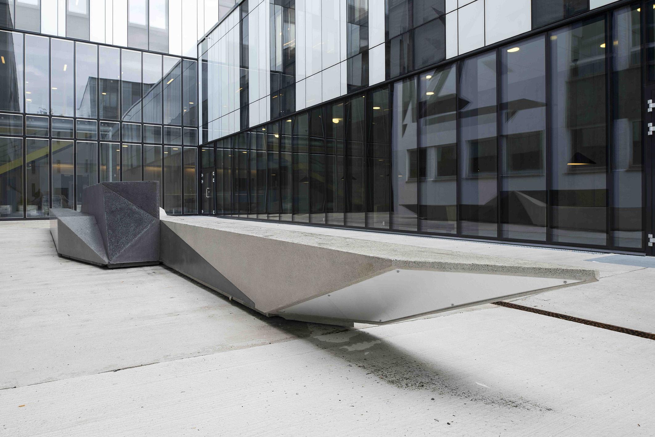 Unfolded Shape Drifter  Concrete sculpture