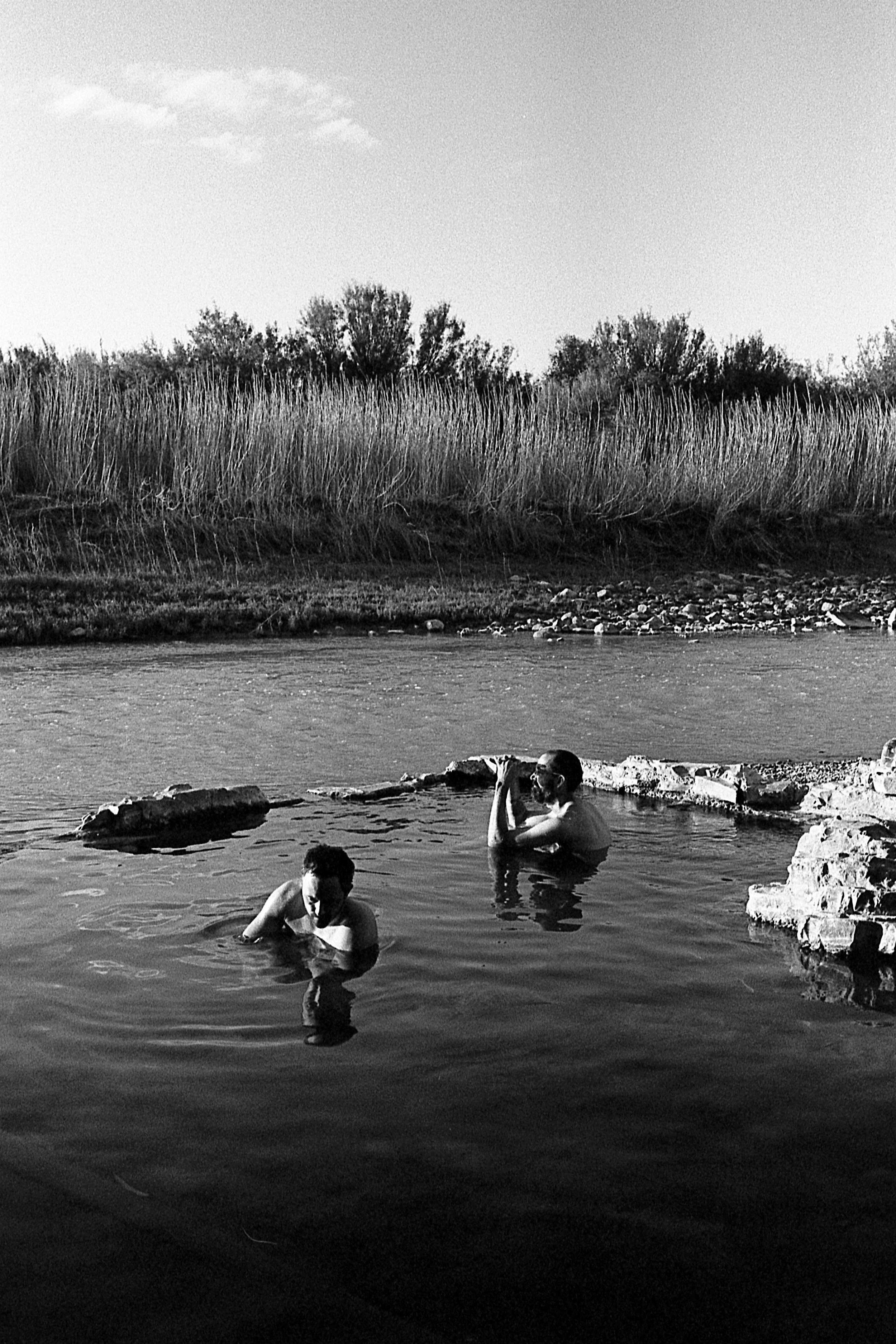 Matt Pittman / Voigtlander Bessa R2A / Zeiss ZM 35mm f|2.8 / Kyle Steed / Brenton Little / Big Bend, TX / Kodak Trix 400