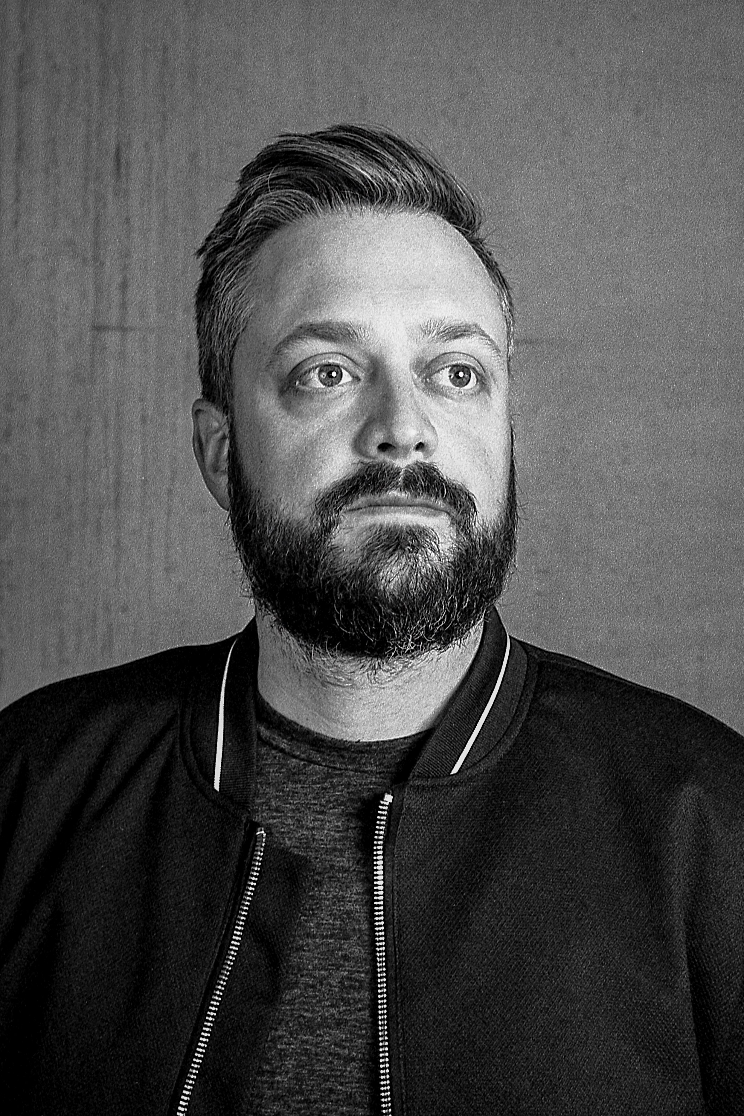 Comedian Nate Bargatze / Matt Pittman / Huntsville, AL / Ilford HP5 / Leica M7 / Paul C. Buff Lighting