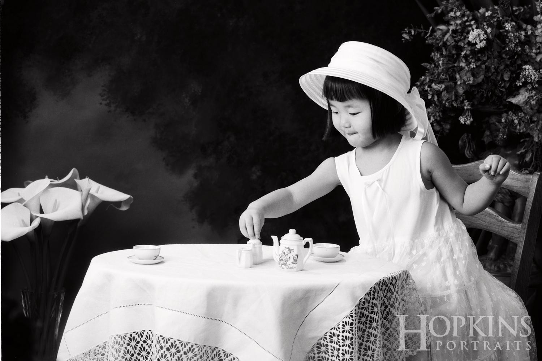 children_photography_bw_studio_tea_time.jpg