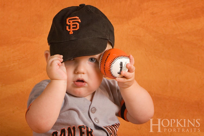 children_portrait_baseball_studio.jpg