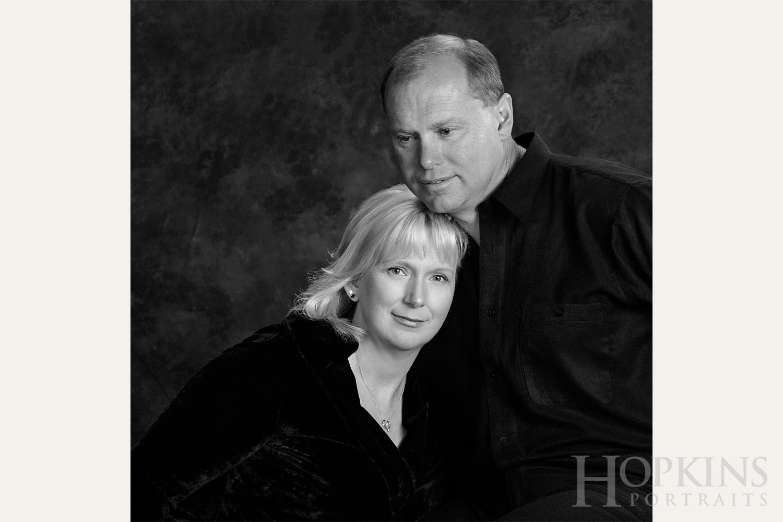 pulver_bw_portrait_couples_studio.jpg