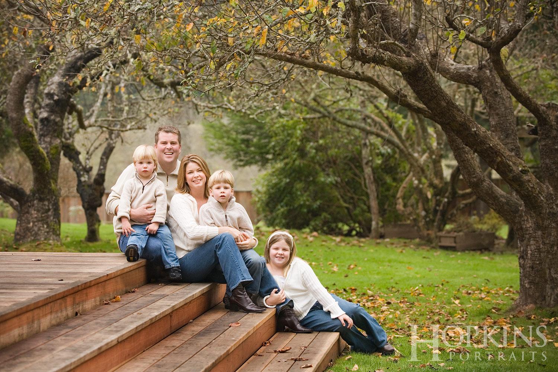 campbell_family_portraits_location_yard_deck.jpg