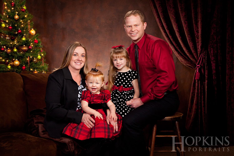 Hague_family_portraits_christmas_studio_photography.jpg