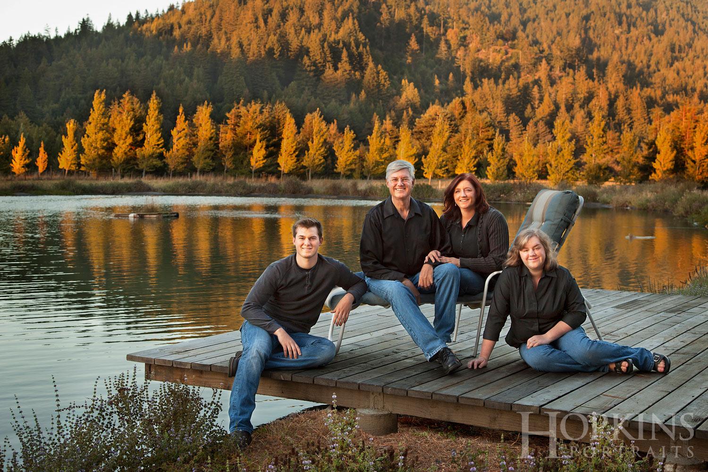 Peterson_family_portrait_location_lake_photography.jpg