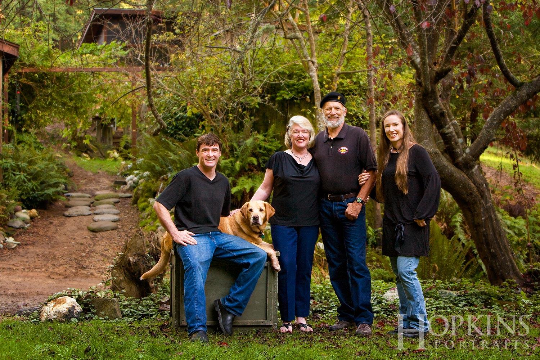 Parkinson_family_portraits_pets_location_photography.jpg