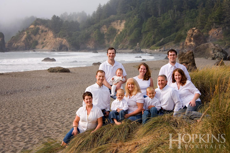 Rog_family_portraits_ocean_beach.jpg