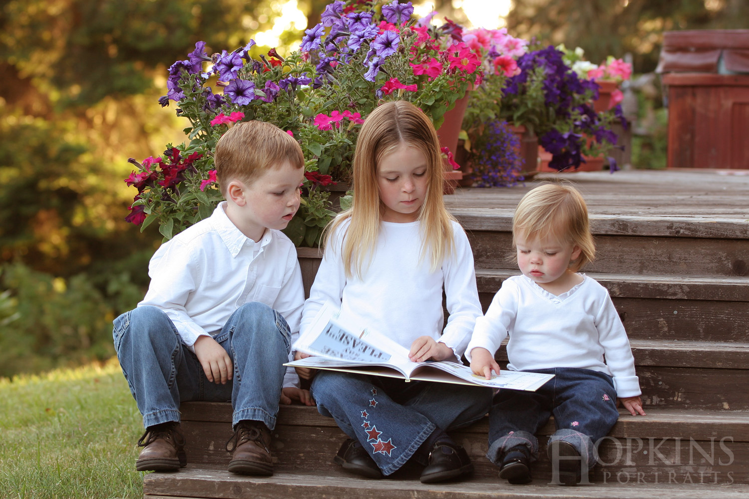 stanfield_children_portraits_location_siblings_photography.jpg