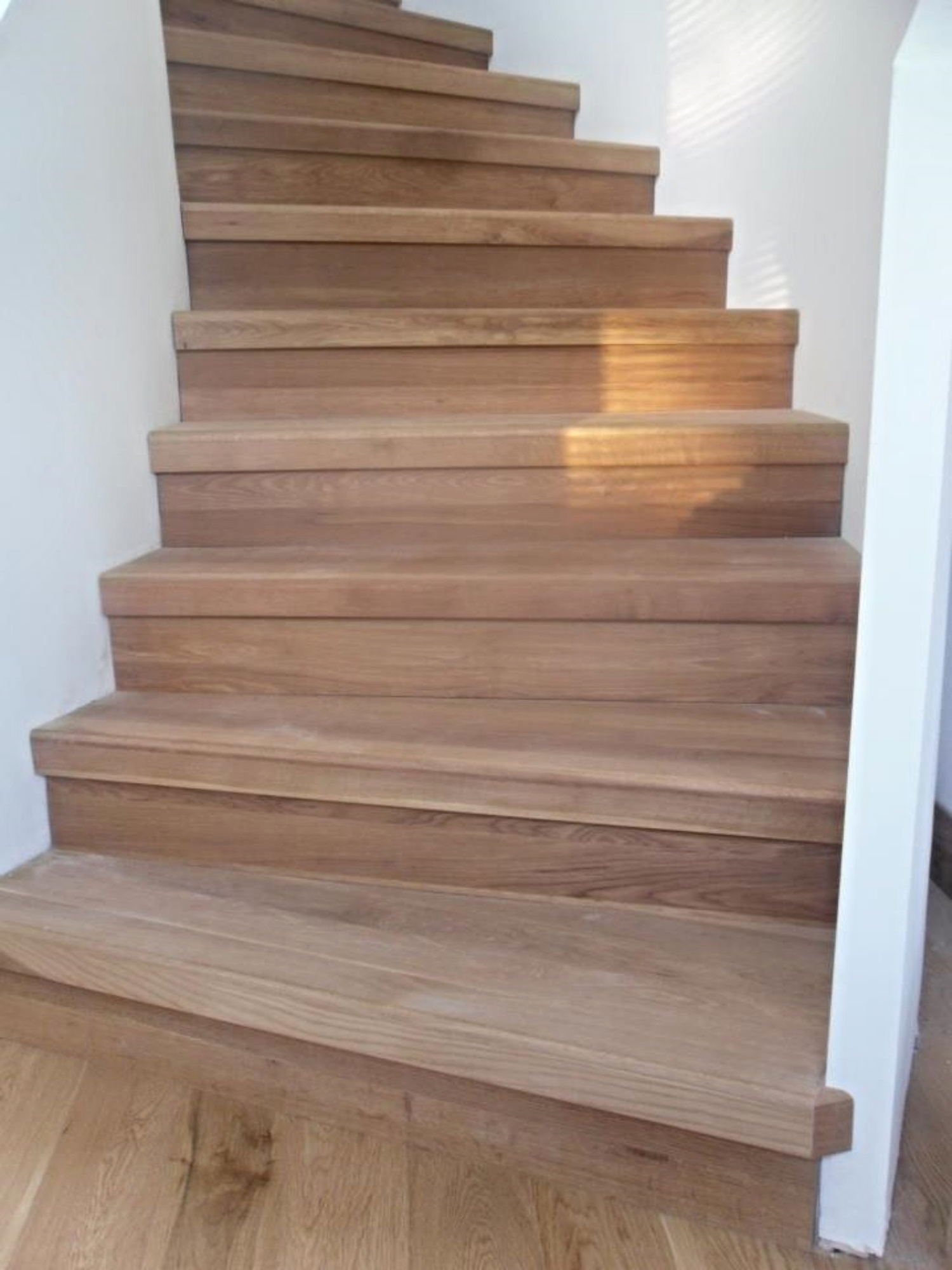 Solid oak stair treads and risers