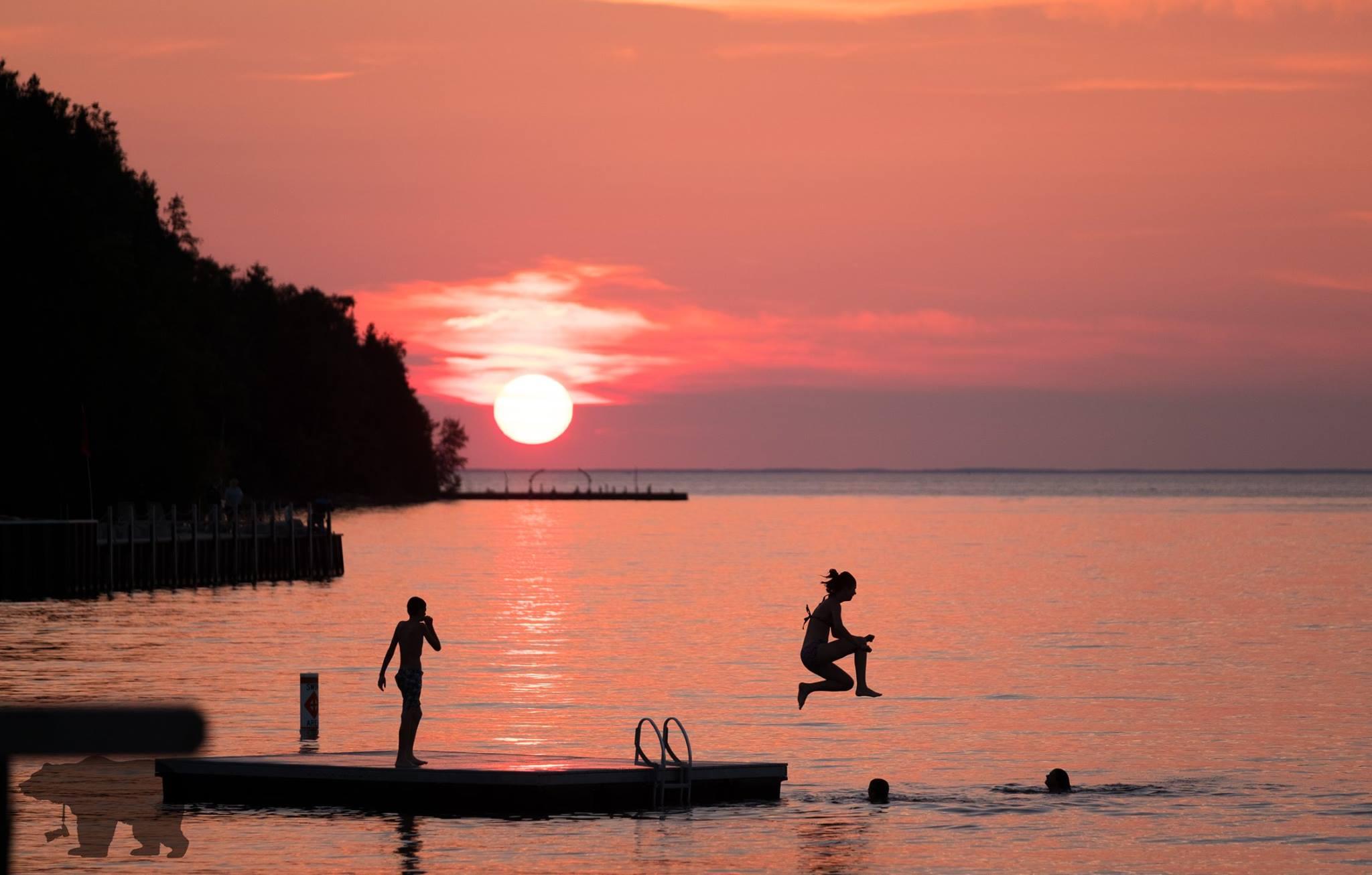 sunset sisbay.jpg