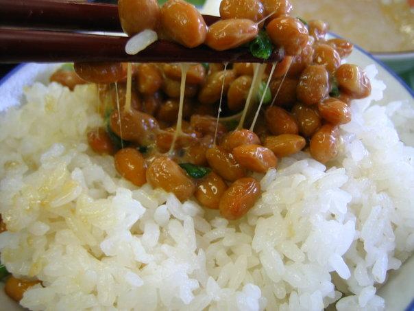 Natto_on_rice