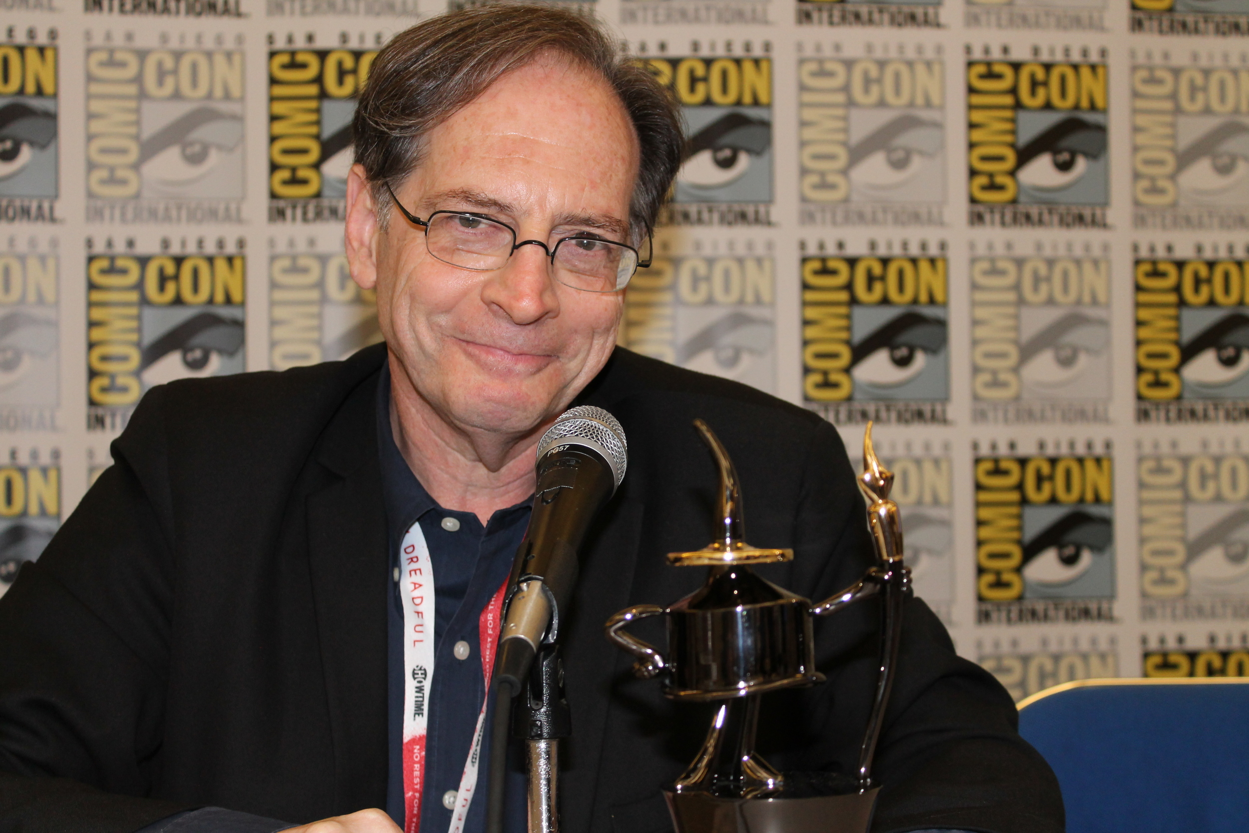 Jerry Beck, with the Ink Pot Award.