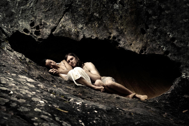 heidi matt cave snug close3.jpg