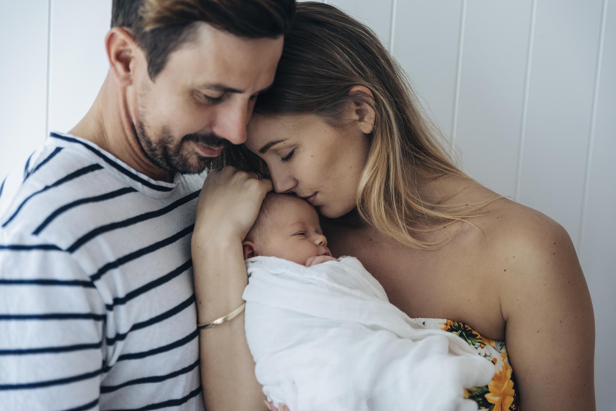 lucah newborn10 fx.jpg