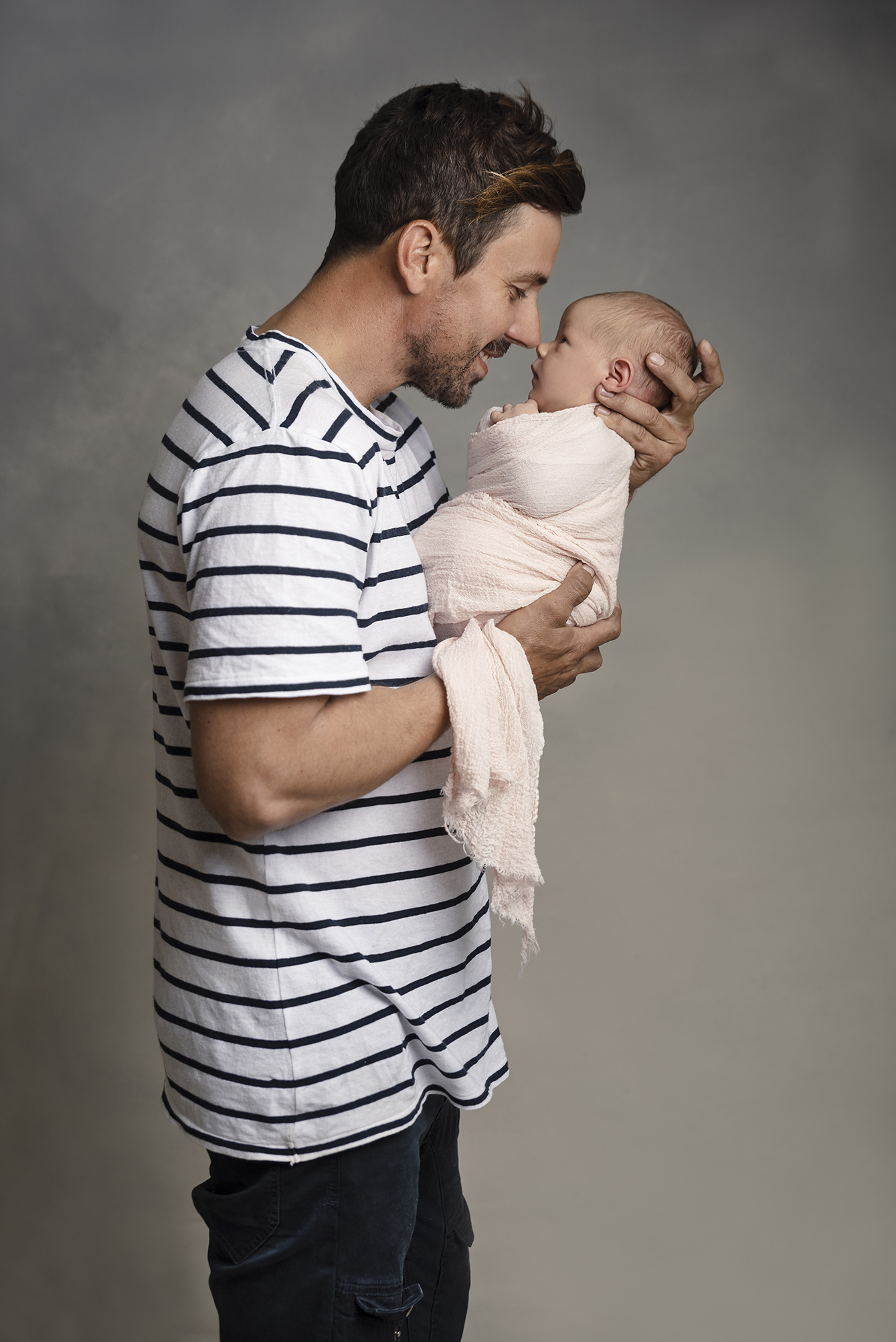 lucah newborn55 fx.jpg
