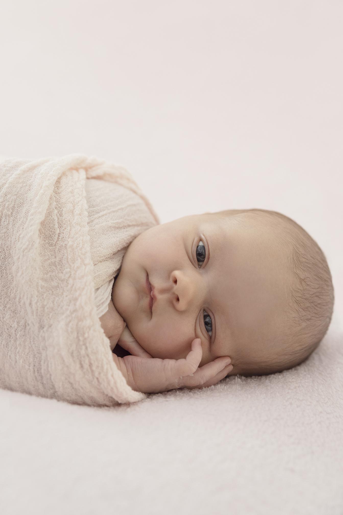 lucah newborn64 fx.jpg
