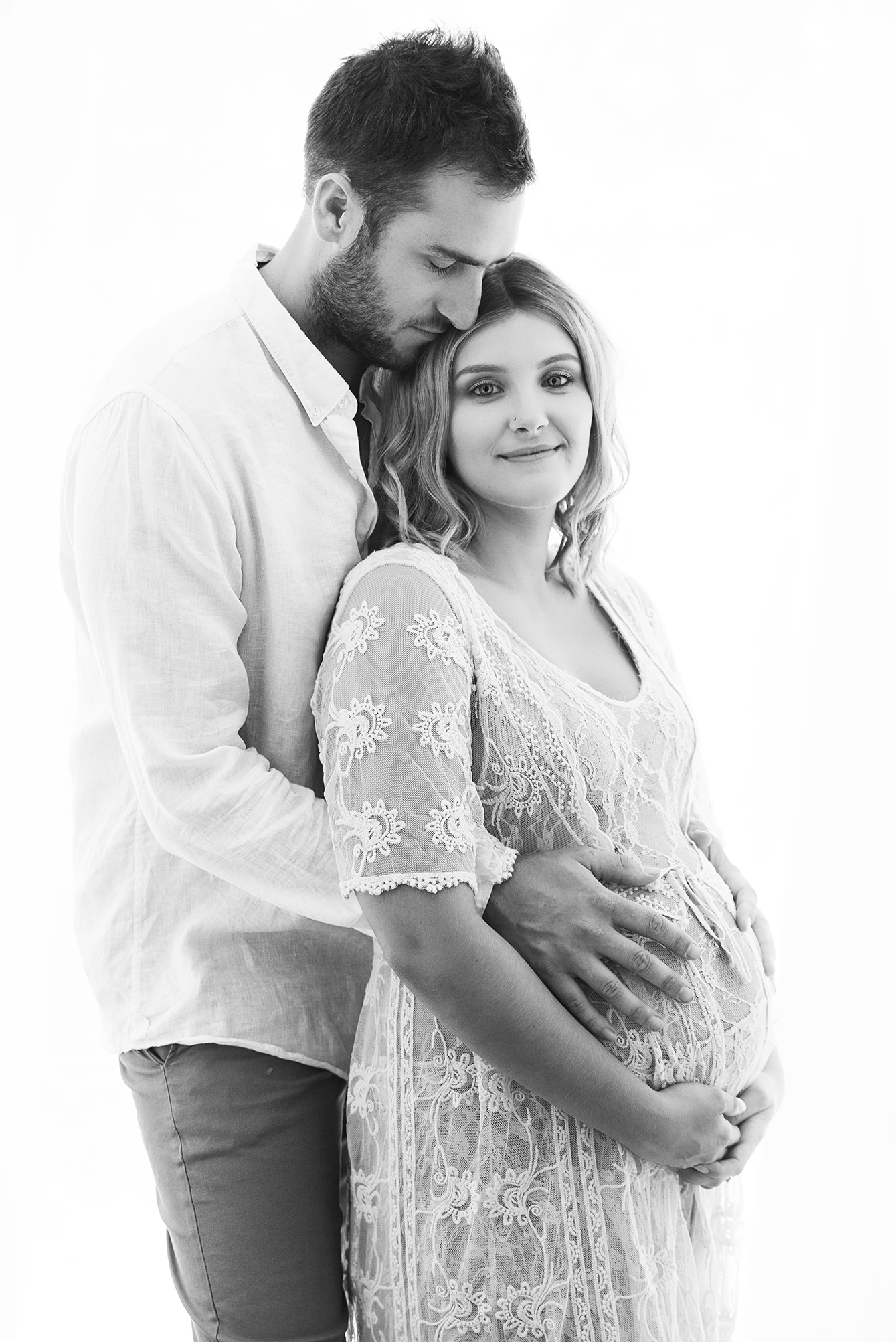 jess maternity10 bw.jpg