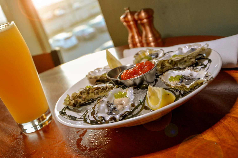photo_oysters_beer_top.jpg