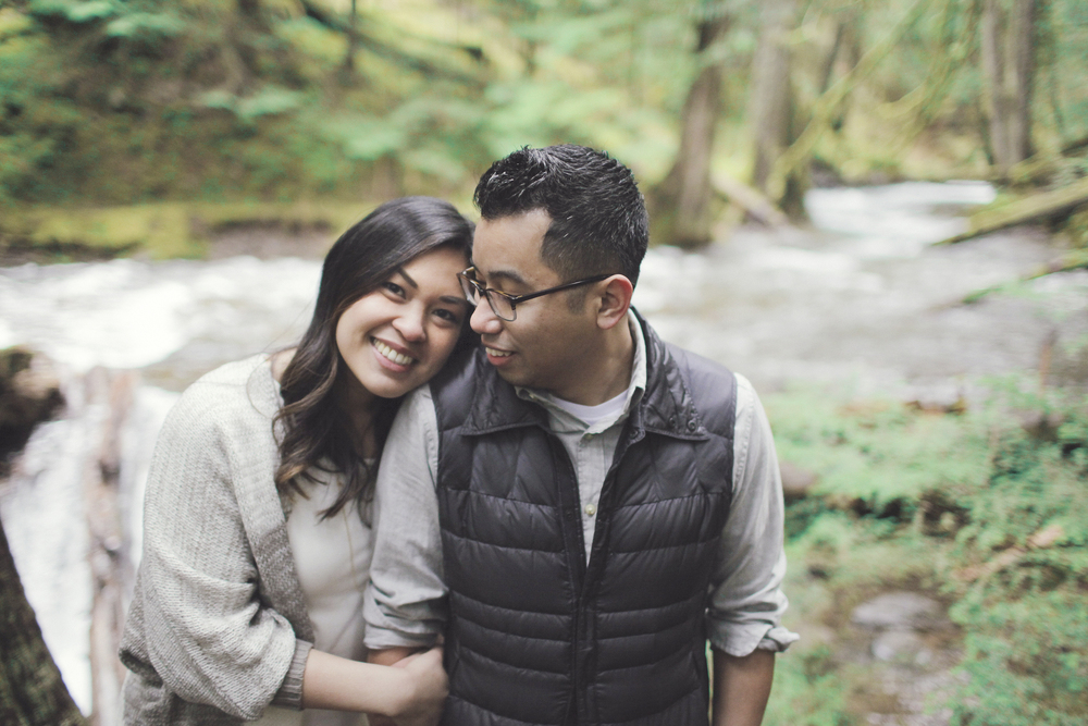 027+outlive+creative+oregon+engagement+session+best+photo+shoot+sov+kristin+panther+falls.jpg