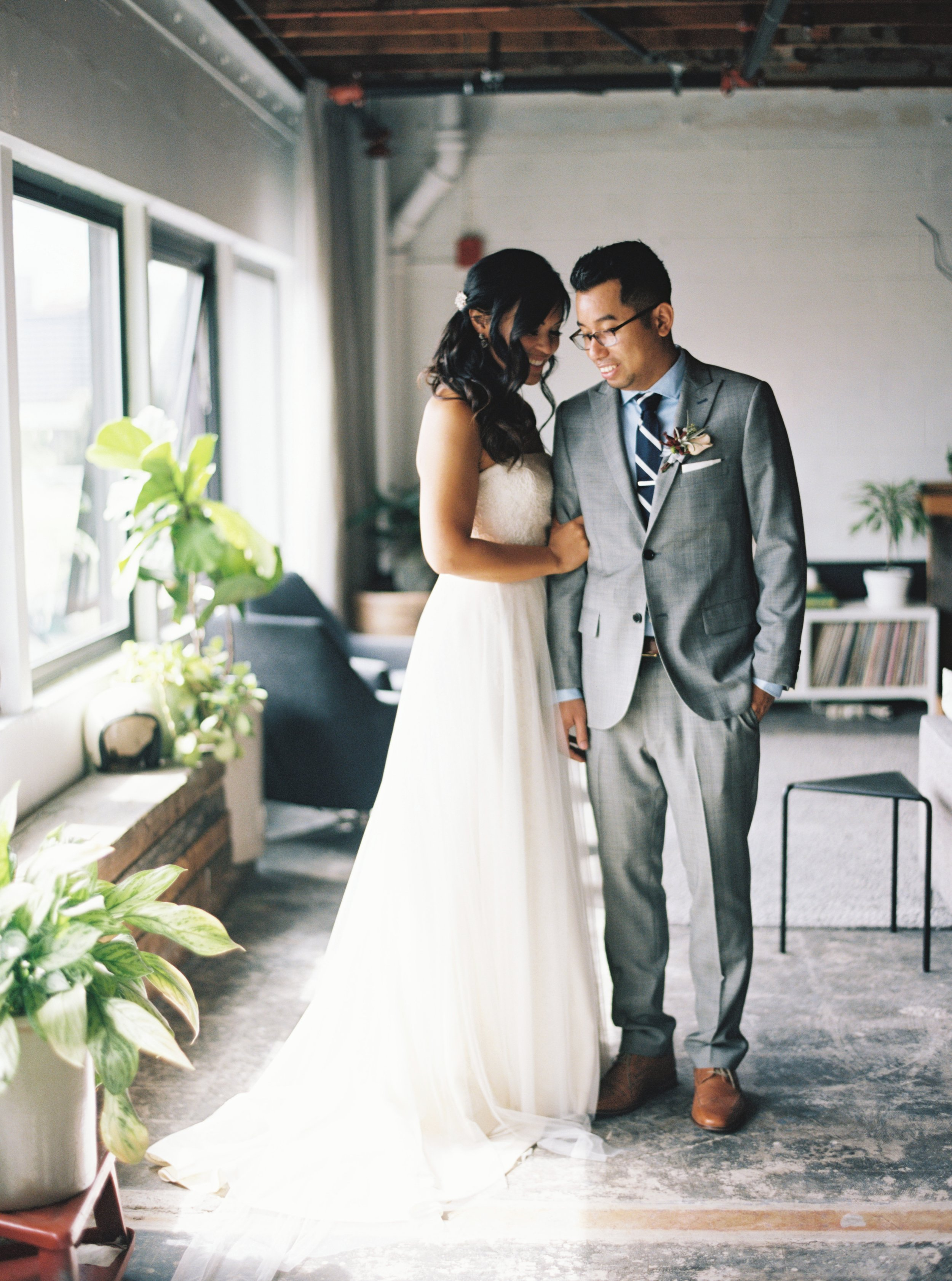 005Kristin & Sov : Wedding Photos : Union Pine : Portland : Oregon : Outlive Creative : 2016.jpg