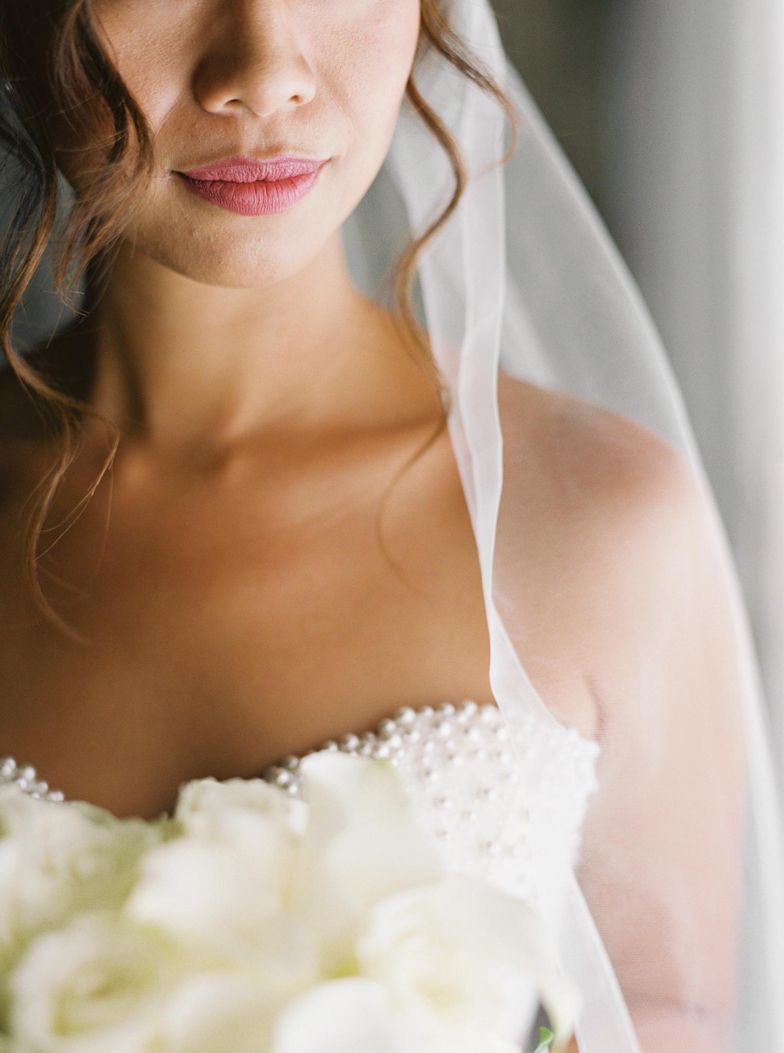 015OutliveCreative_Travel_Photographer_Videographer_Lewis&Clark_Oregon_Elegant_BlackTie_Destination_Wedding.jpg