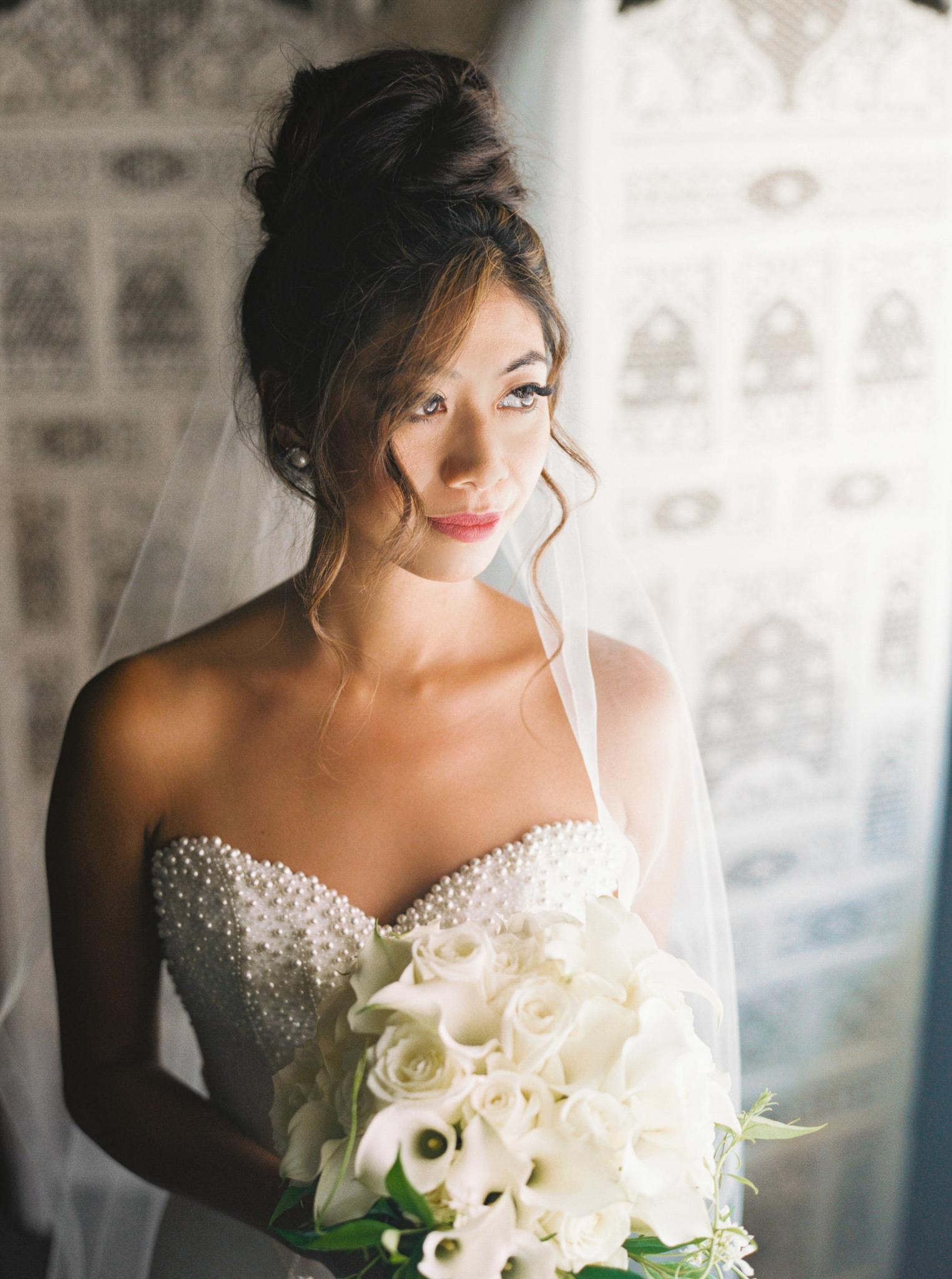 016OutliveCreative_Travel_Photographer_Videographer_Lewis&Clark_Oregon_Elegant_BlackTie_Destination_Wedding.jpg