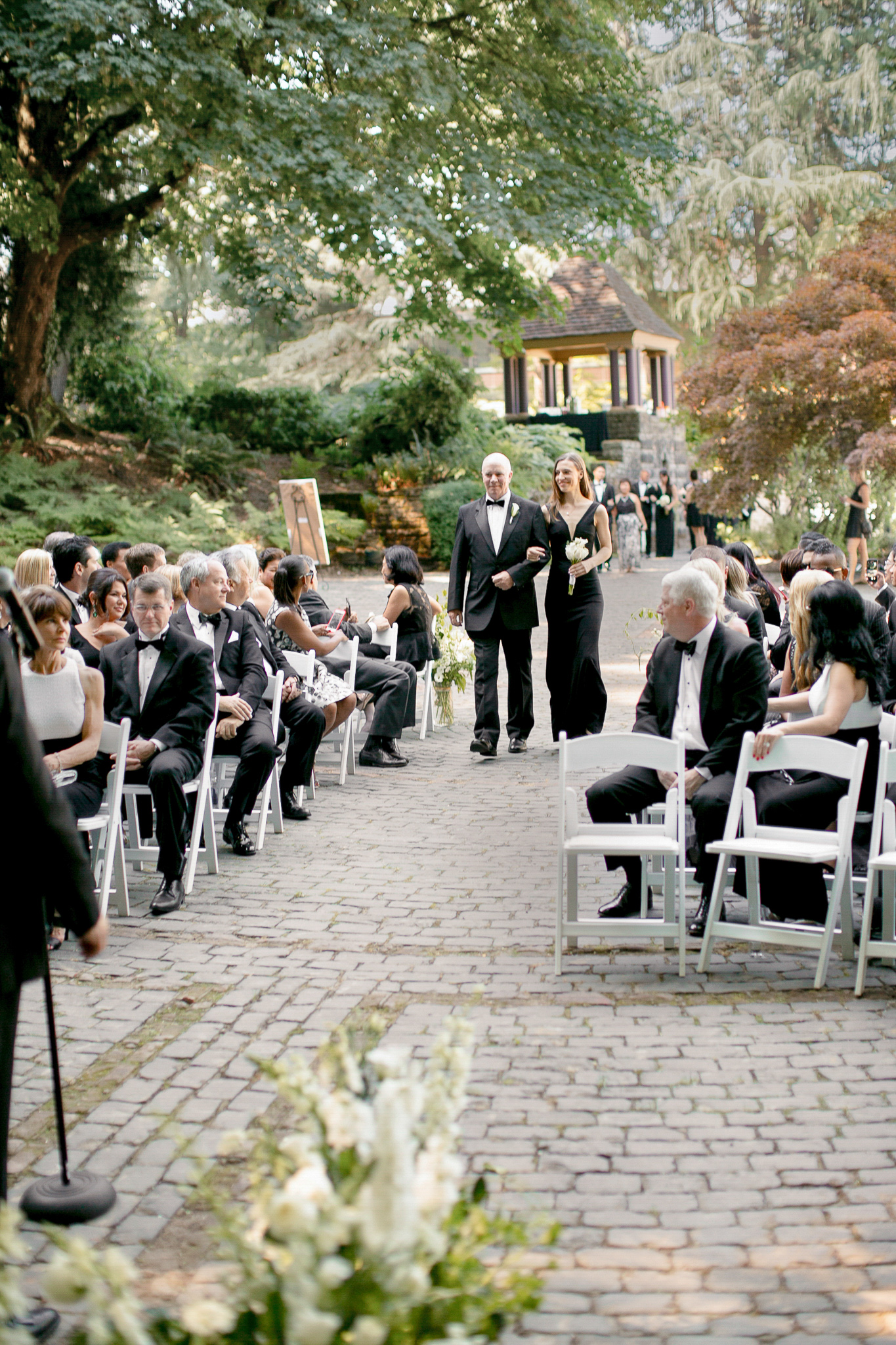123OutliveCreative_Travel_Photographer_Videographer_Lewis&Clark_Oregon_Elegant_BlackTie_Destination_Wedding.jpg
