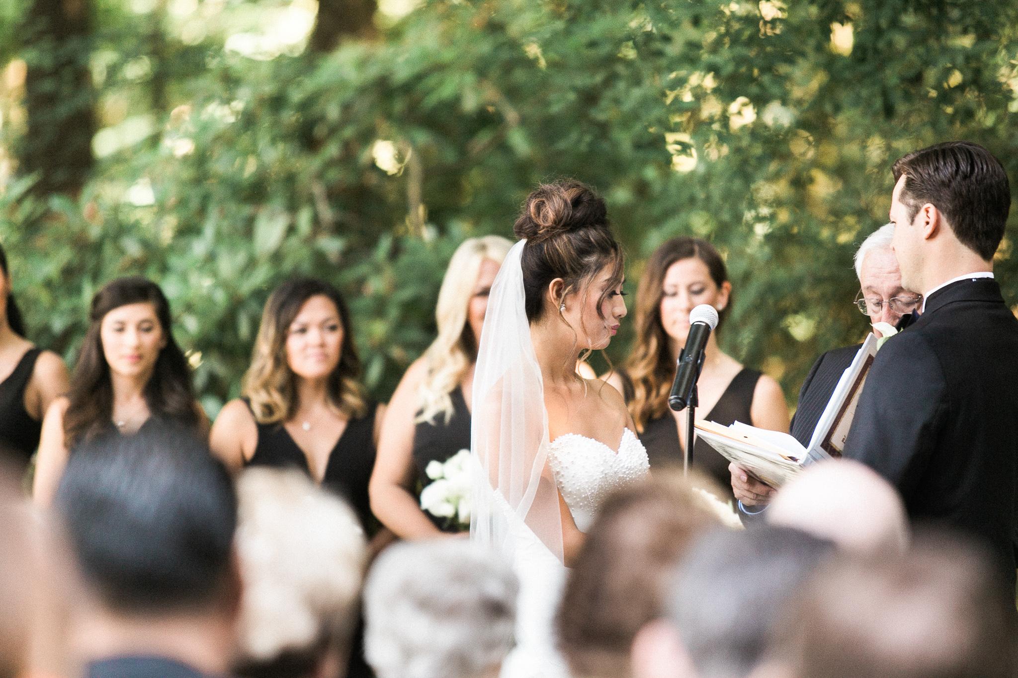 137OutliveCreative_Travel_Photographer_Videographer_Lewis&Clark_Oregon_Elegant_BlackTie_Destination_Wedding.jpg