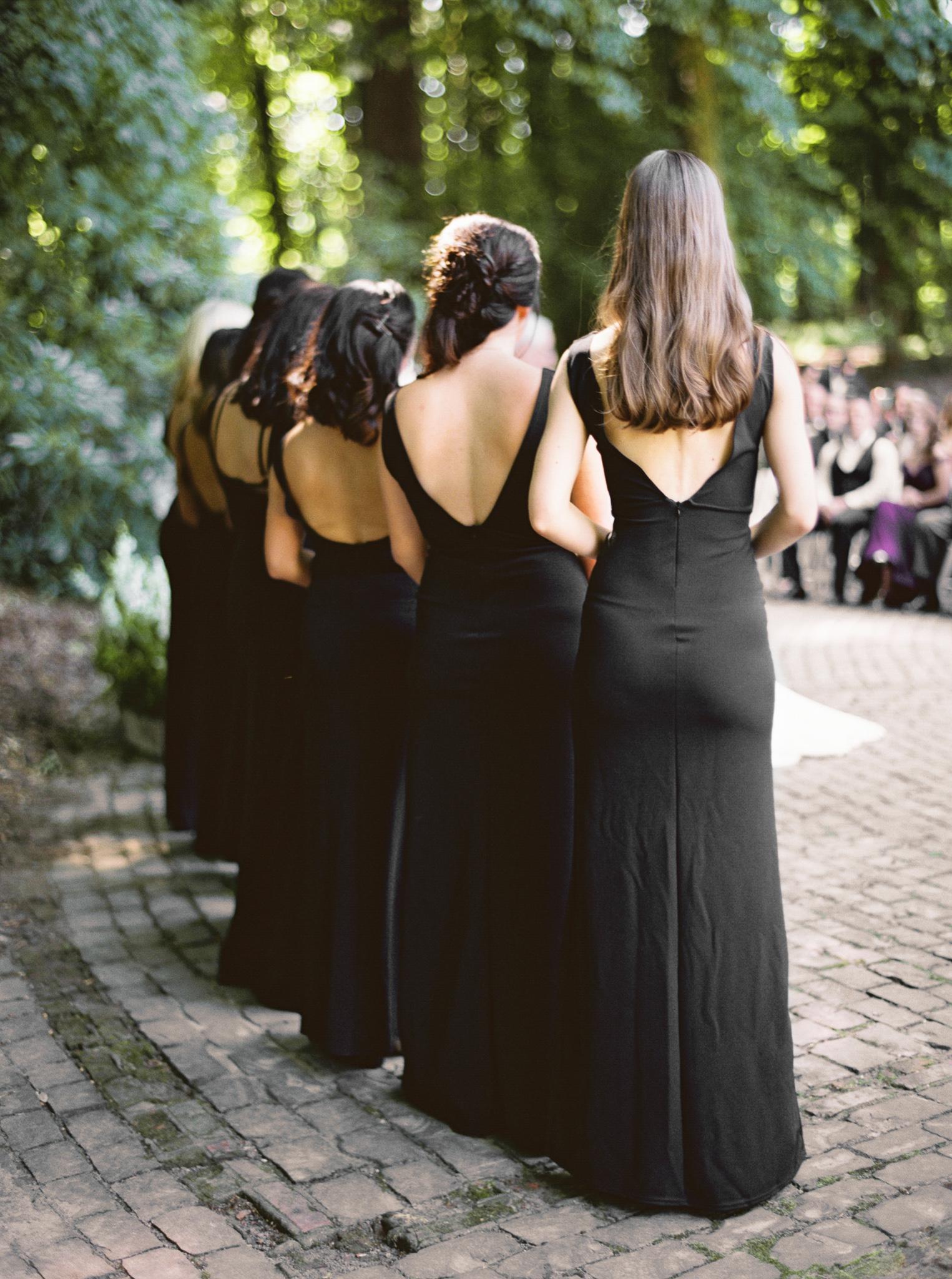 138OutliveCreative_Travel_Photographer_Videographer_Lewis&Clark_Oregon_Elegant_BlackTie_Destination_Wedding.jpg