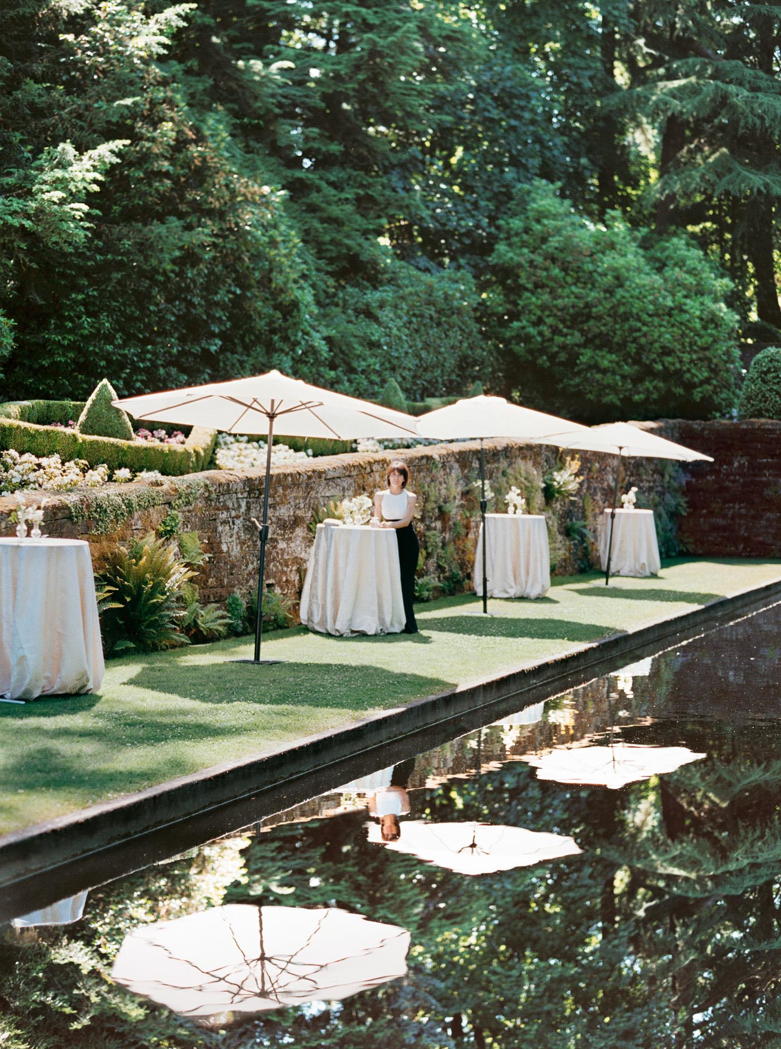 150OutliveCreative_Travel_Photographer_Videographer_Lewis&Clark_Oregon_Elegant_BlackTie_Destination_Wedding.jpg