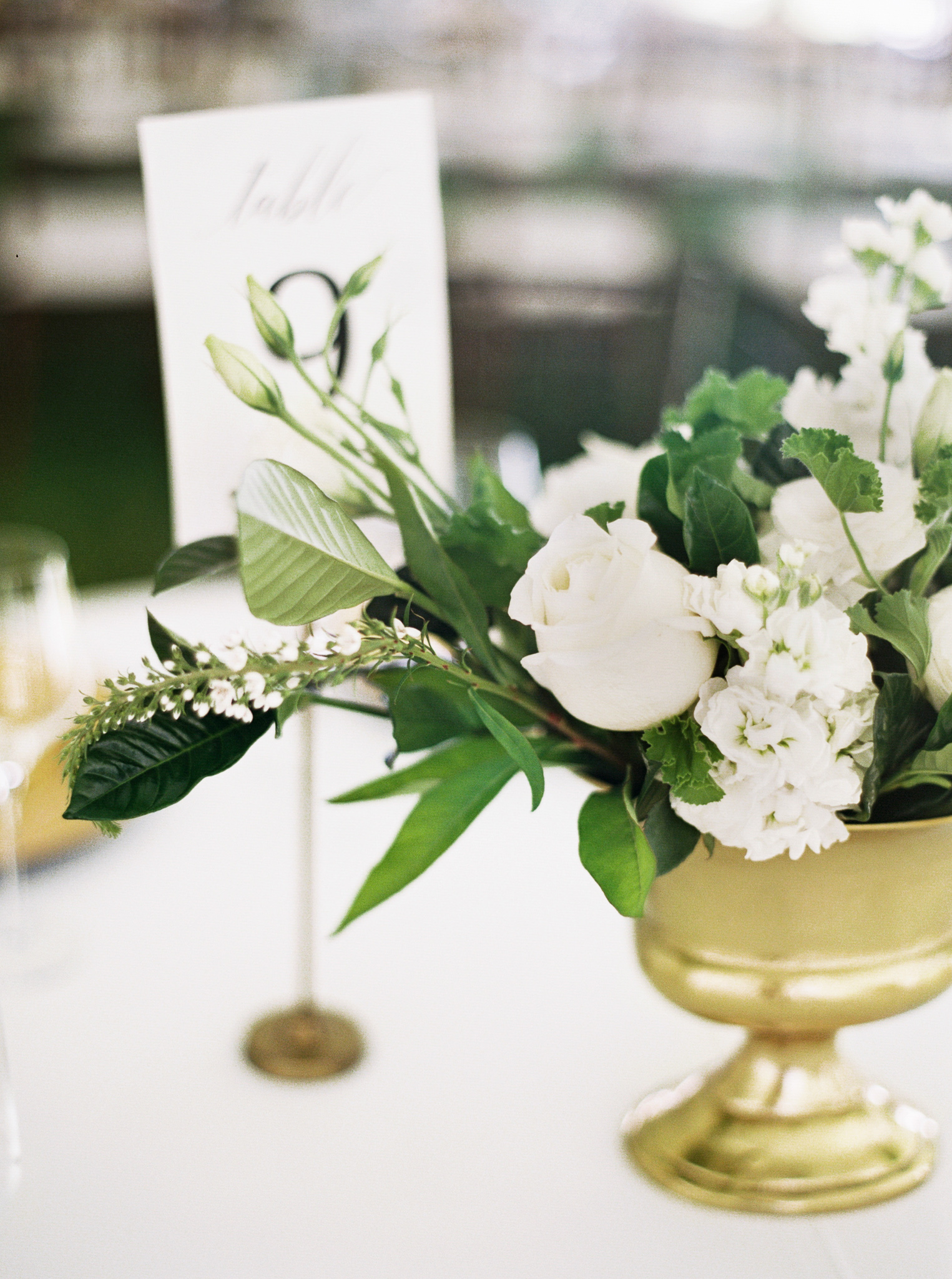 171OutliveCreative_Travel_Photographer_Videographer_Lewis&Clark_Oregon_Elegant_BlackTie_Destination_Wedding.jpg