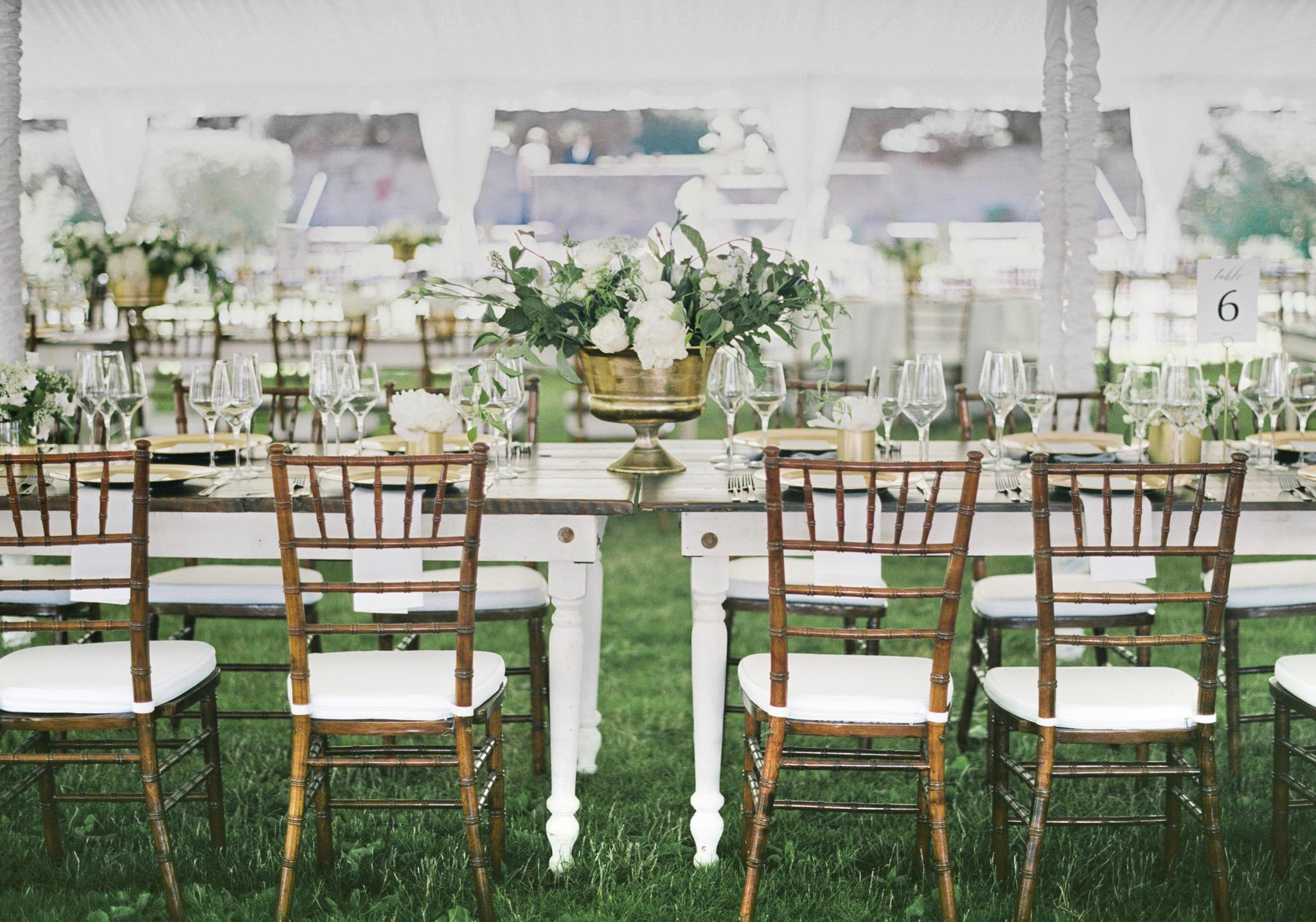 174OutliveCreative_Travel_Photographer_Videographer_Lewis&Clark_Oregon_Elegant_BlackTie_Destination_Wedding.jpg