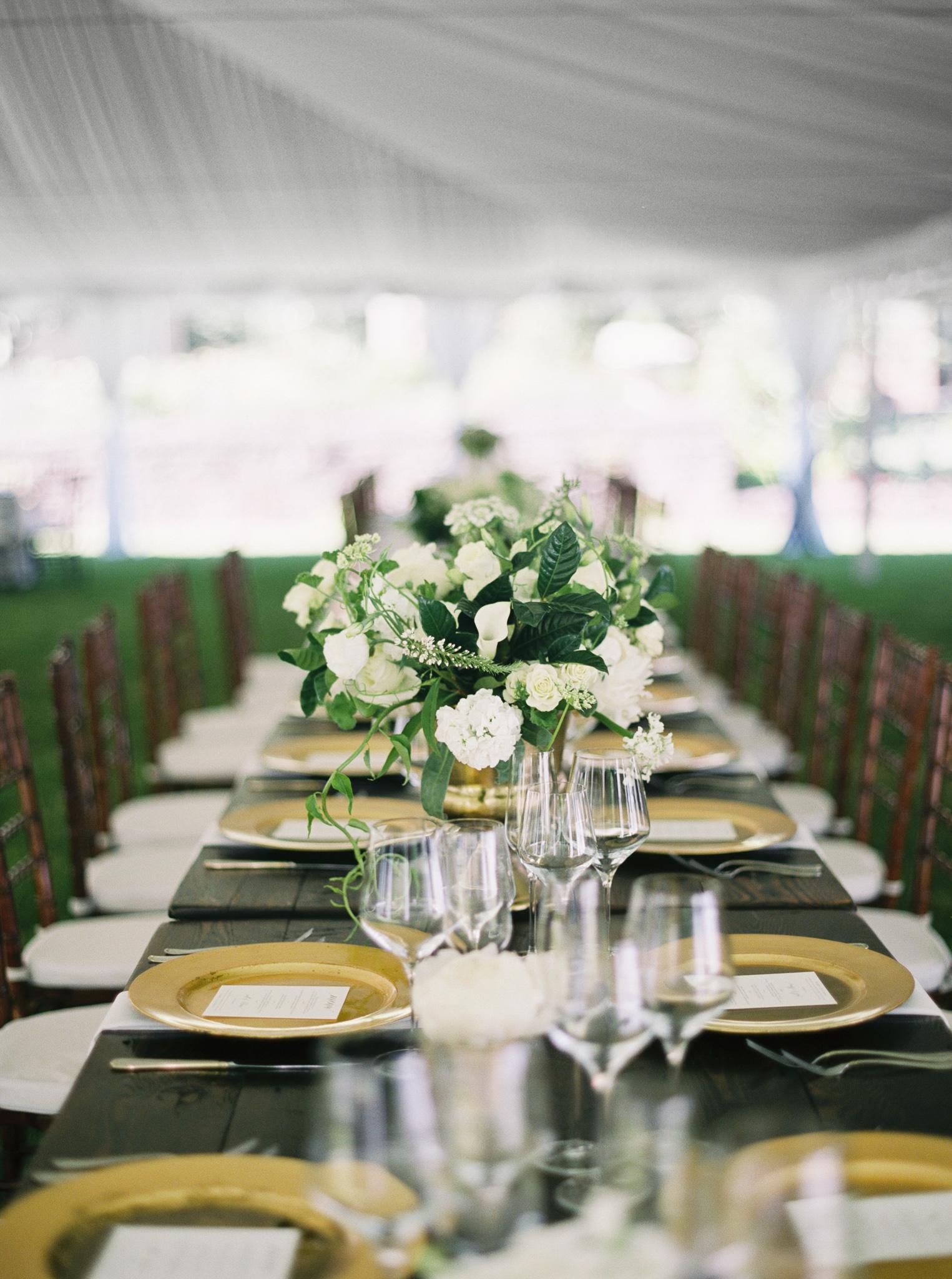 176OutliveCreative_Travel_Photographer_Videographer_Lewis&Clark_Oregon_Elegant_BlackTie_Destination_Wedding.jpg