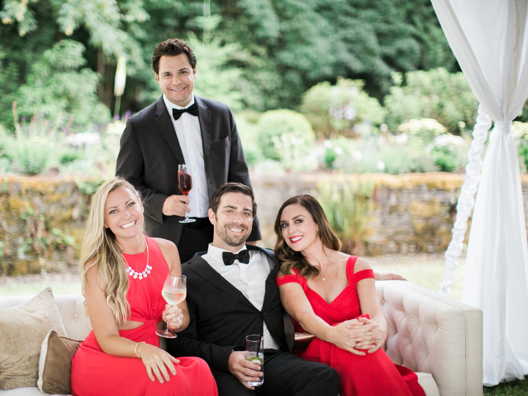 196OutliveCreative_Travel_Photographer_Videographer_Lewis&Clark_Oregon_Elegant_BlackTie_Destination_Wedding.jpg