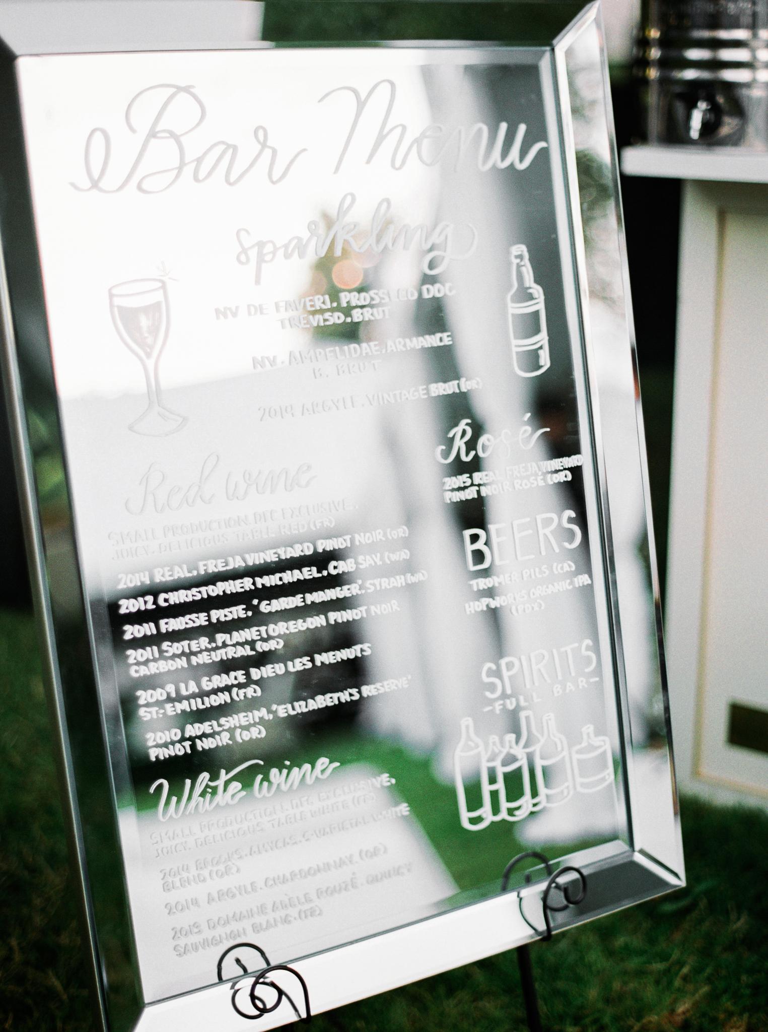 197OutliveCreative_Travel_Photographer_Videographer_Lewis&Clark_Oregon_Elegant_BlackTie_Destination_Wedding.jpg