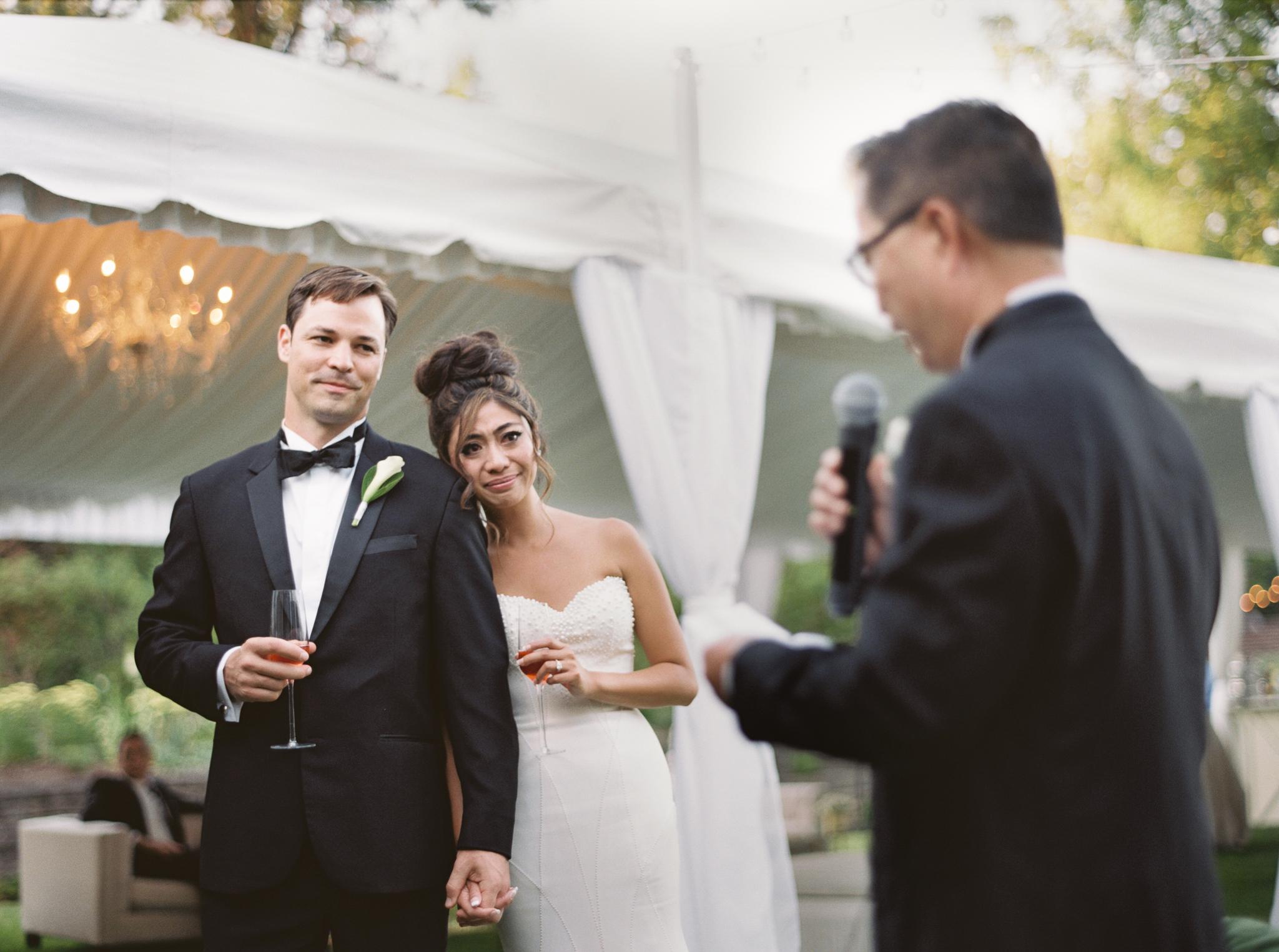 199OutliveCreative_Travel_Photographer_Videographer_Lewis&Clark_Oregon_Elegant_BlackTie_Destination_Wedding.jpg