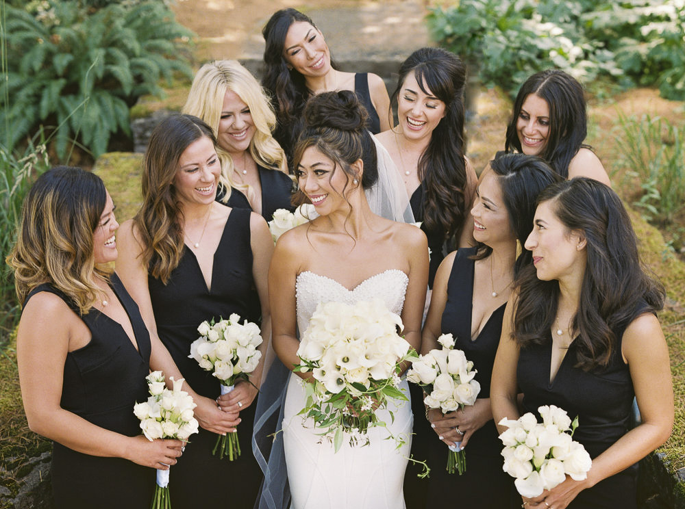 022OutliveCreative_Travel_Photographer_Videographer_Lewis&Clark_Oregon_Elegant_BlackTie_Destination_Wedding_1.jpg