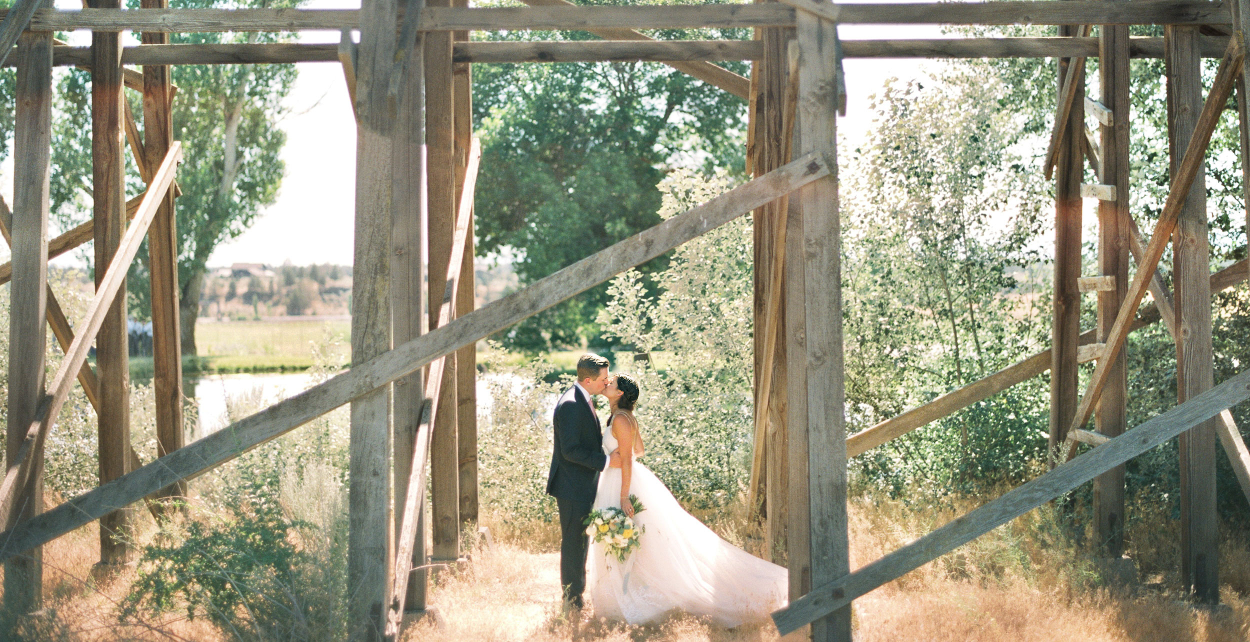 019Napa_Portland_SanFrancisco_LosAngeles_wedding_photographer_and_videographer_destination_and_elopement_photography_and_videography.jpg