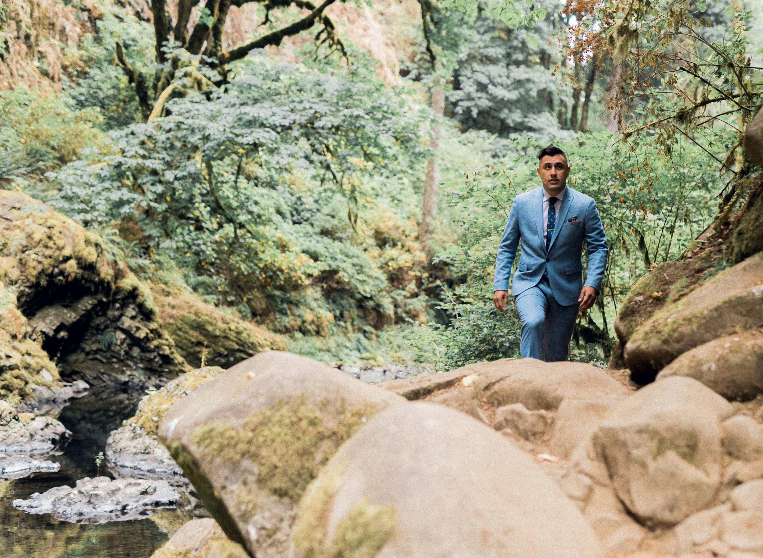 abiqua_falls_elopement_wedding_oregon_photographer_videographer_045.jpg