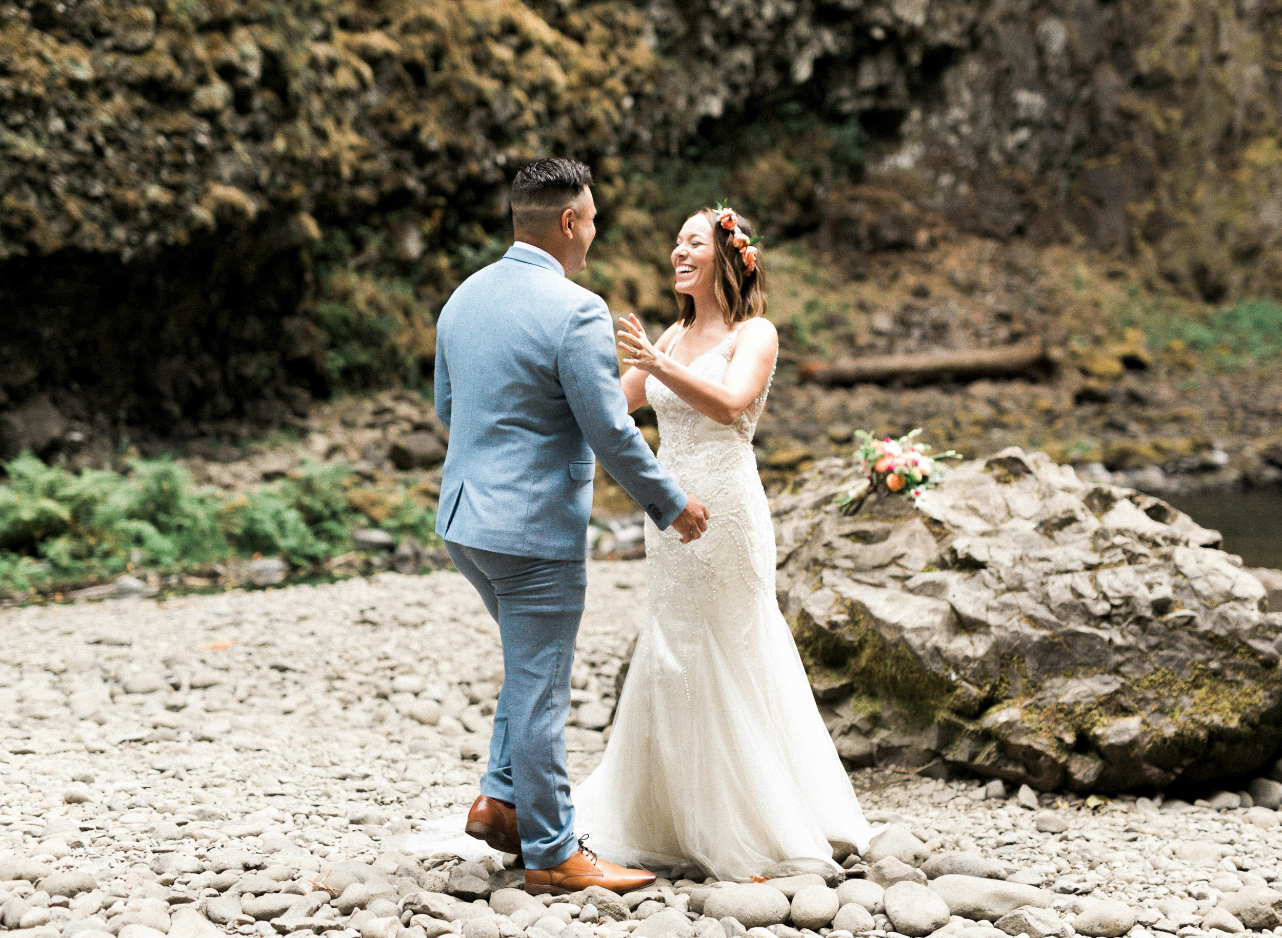 abiqua_falls_elopement_wedding_oregon_photographer_videographer_052.jpg